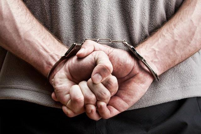 Polícia Militar prende homem com mandado de prisão em aberto, em BN -  Portal de Notícias do Sul do Brasil